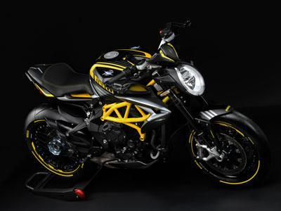 Dragster 800 RR Pirelli
